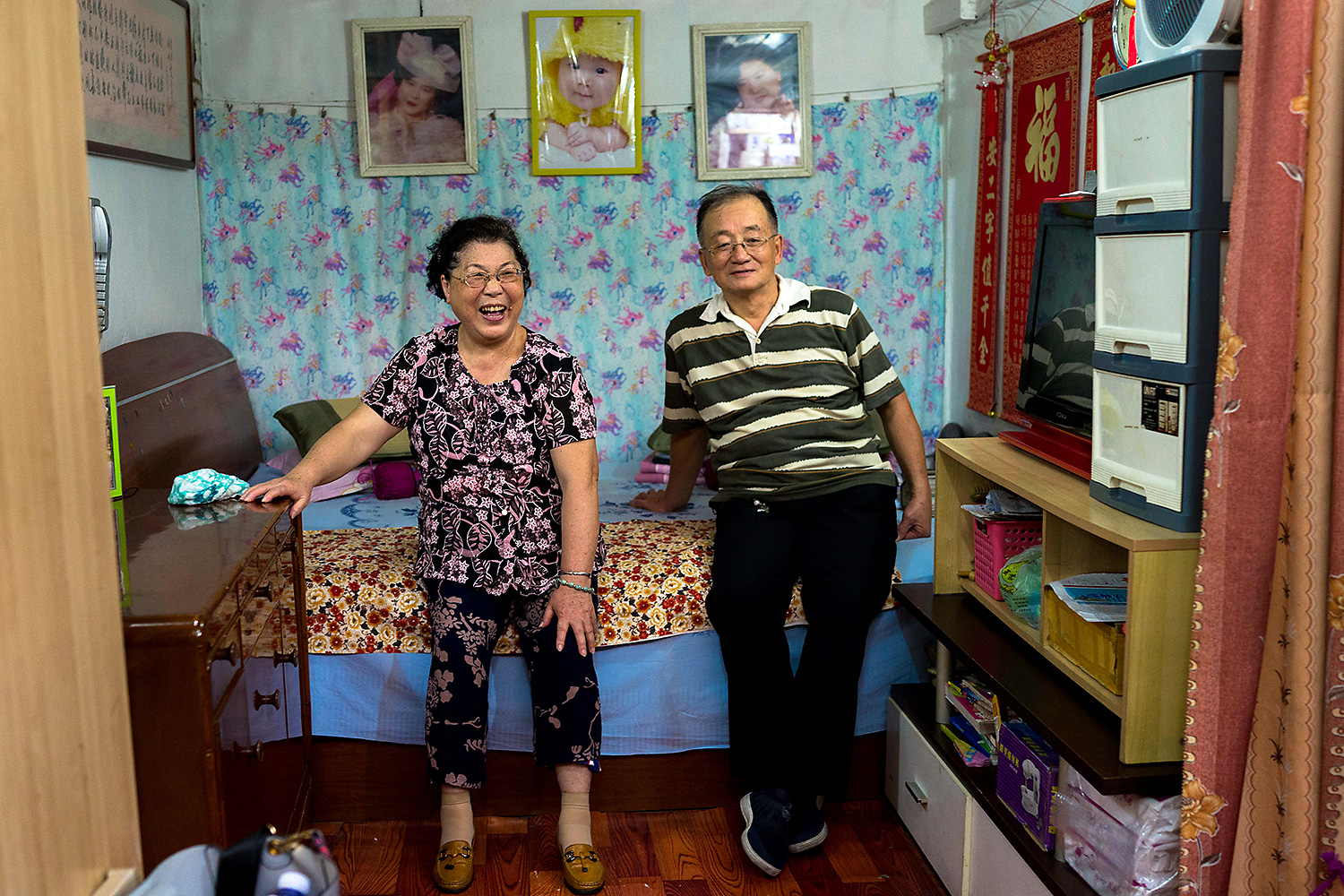 Sun Xuezhong and Yang Peipei in their Shanghai home. Photo by Olivia Martin-McGuire @livmartinmcguire