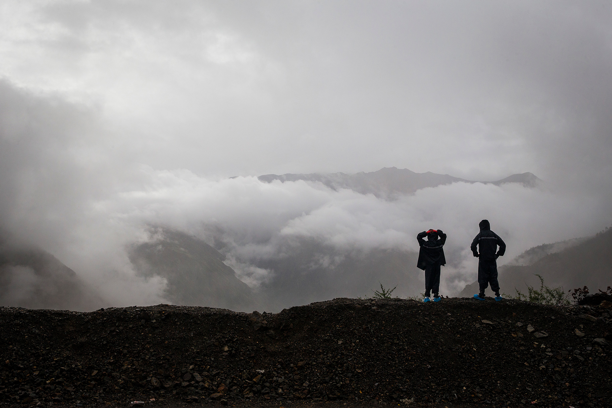 Chao and Runxi enjoy the view of Mount Jueba, July 26.