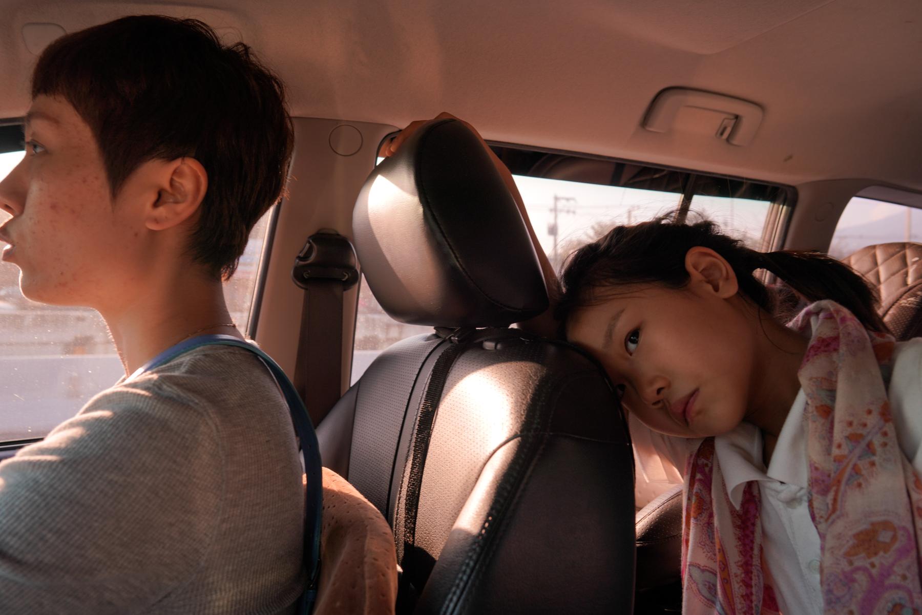 After school, Du Xuan drives her daughter Anni home in Chiang Mai, northern Thailand, January 23, 2019. Frustrated by what she sees as Chinese education's overemphasis on academic achievement and insufficient attention to the arts and sports, Du and her husband moved to Chiang Mai in late 2016 and enrolled their two daughters in an international school.