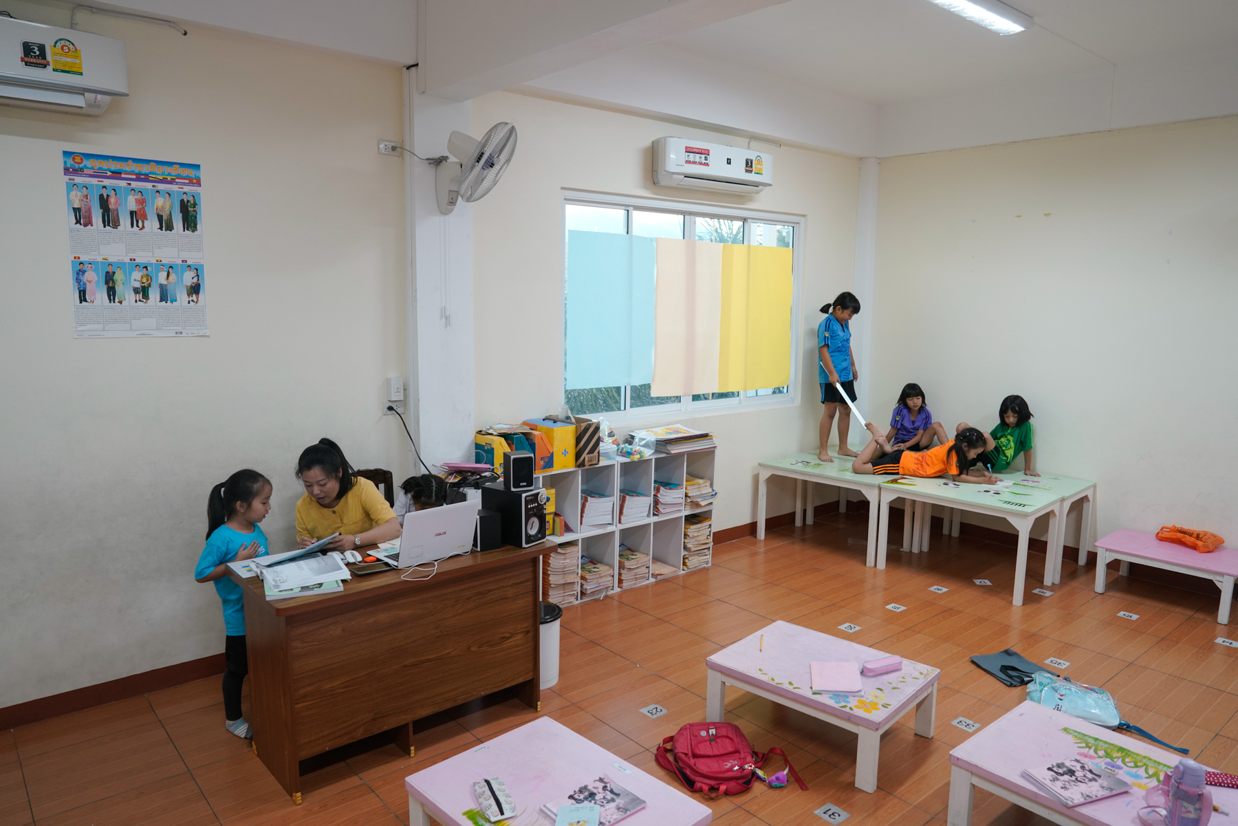 Six-year-old Diandian (in purple) and a group of her classmates study Mandarin at the Huizhong Chinese Language Center in Chiang Mai, January 16, 2019. English is the main language in most international schools. A number of Chiang Mai international schools offer early education to children as young as two. Many Chinese children in these programs left China before achieving fluency in their mother tongue, so parents arrange for them to study Mandarin after school.